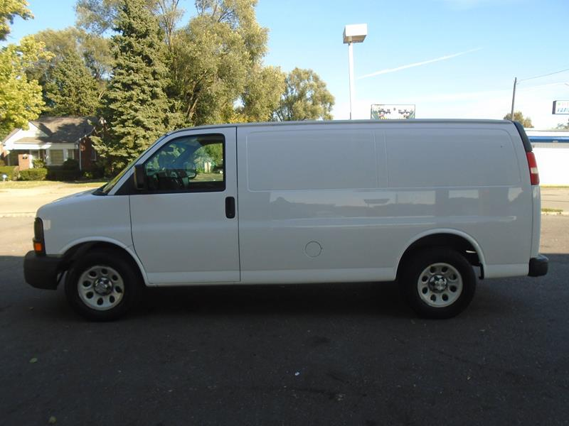 2012 Chevrolet Express Cargo car for sale in Detroit