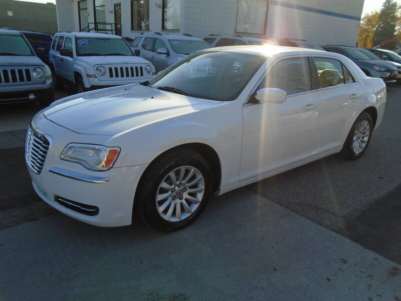 2011 Chrysler 300 car for sale in Detroit