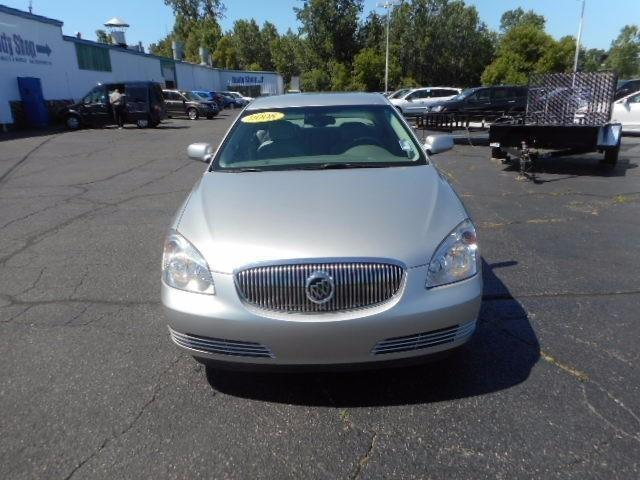 2008 Buick Lucerne  Bluetooth Connection Cooled Front Seat s Dual Zone A C Heated Seats Front s Re