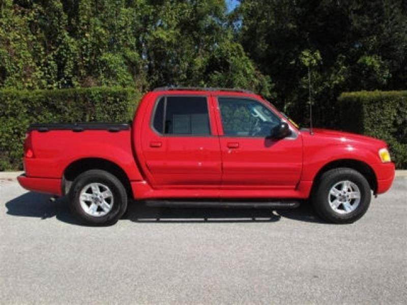 2005 Ford Explorer Sport Trac  WOW UNBELIEVABLE PRICE This vehicle is priced well below Blue Book