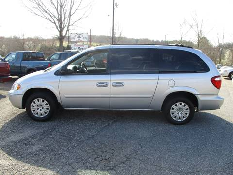 2005 Chrysler Town and Country for sale in Newton, NC