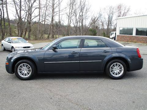 2008 Chrysler 300 for sale in Newton, NC