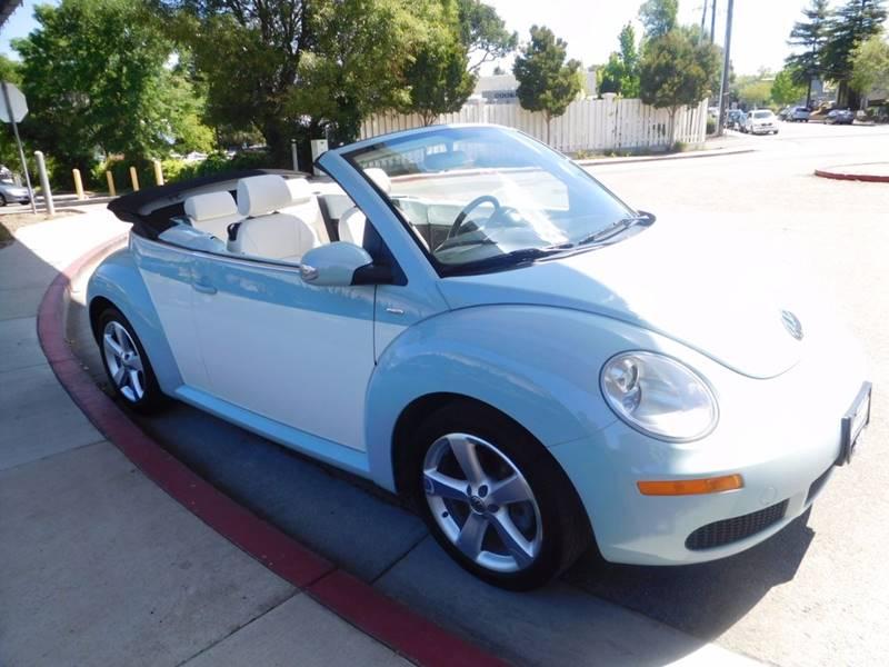 2010 Volkswagen New Beetle PZEV 2dr Convertible - Walnut Creek CA