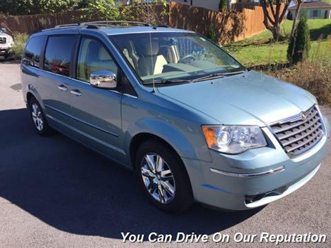 2008 Chrysler Town and Country for sale in Funkstown, MD