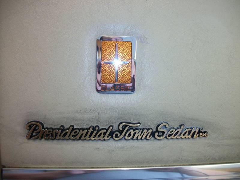 2005 Lincoln Town Car Signature 4dr Sedan In Farmington Mi Yono