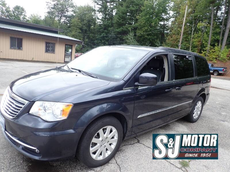 2014 Chrysler Town and Country for sale at S & J Motor Co Inc. in Merrimack NH
