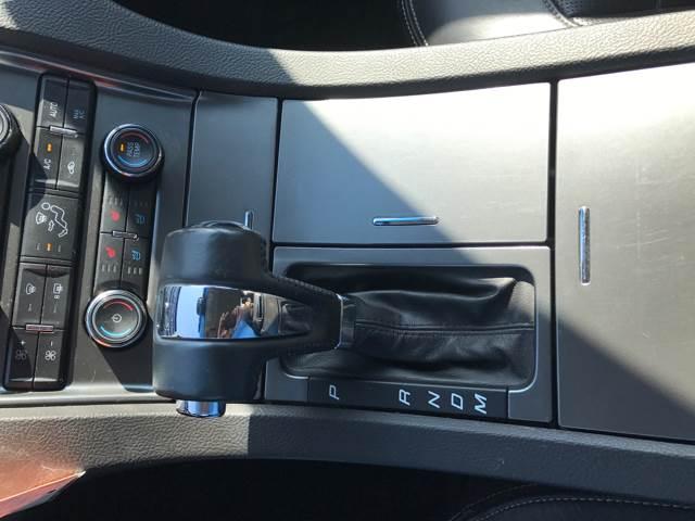 2010 Ford Taurus Limited 4dr Sedan - Fargo ND