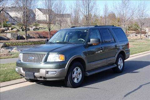 2004 Ford Expedition for sale at Blue Line Motors in Winchester VA