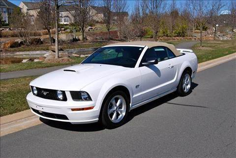 2007 Ford Mustang for sale at Blue Line Motors in Winchester VA