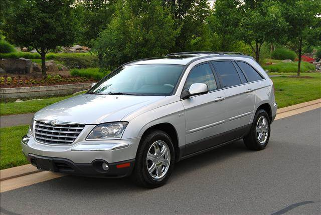 2006 Chrysler Pacifica for sale at Blue Line Motors in Winchester VA