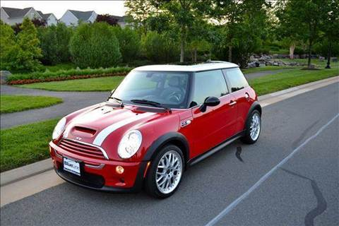 2006 MINI Cooper for sale at Blue Line Motors in Winchester VA