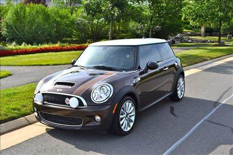 2010 MINI Cooper for sale at Blue Line Motors in Winchester VA