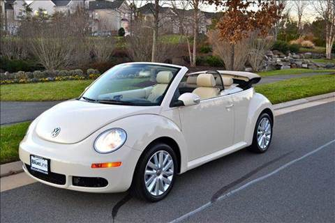 2009 Volkswagen New Beetle for sale at Blue Line Motors in Winchester VA