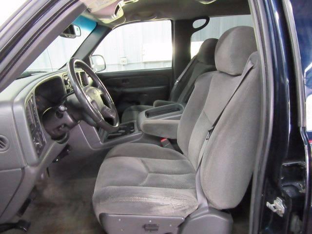 2005 Chevrolet Silverado 2500HD for sale at Jeffs Northshore Auto LLC in Menasha WI