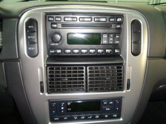 2005 Mercury Mountaineer for sale at Jeffs Northshore Auto LLC in Menasha WI