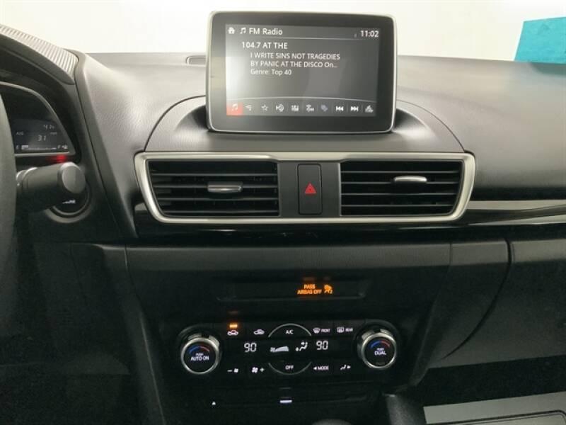 2016 Mazda MAZDA3 (image 12)