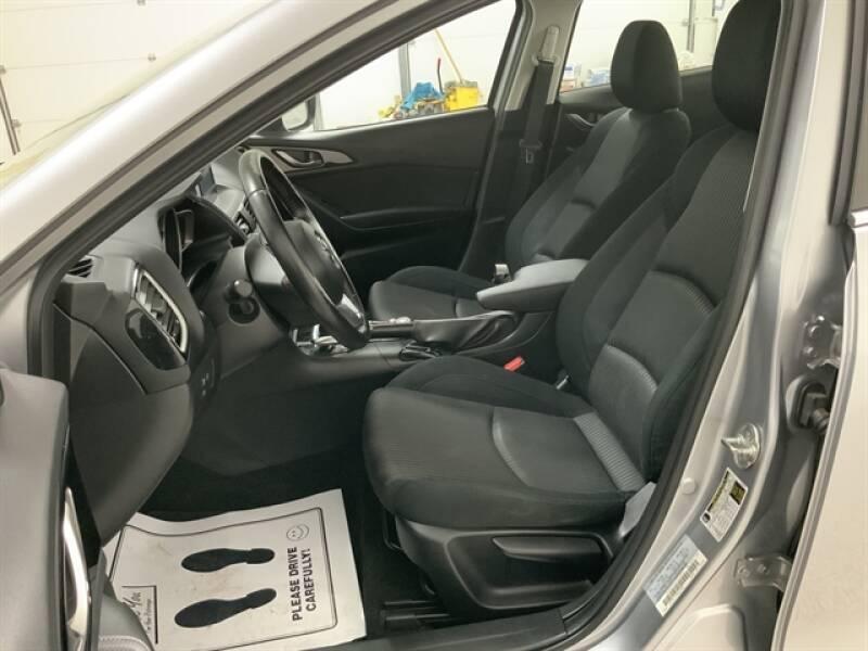2016 Mazda MAZDA3 (image 20)