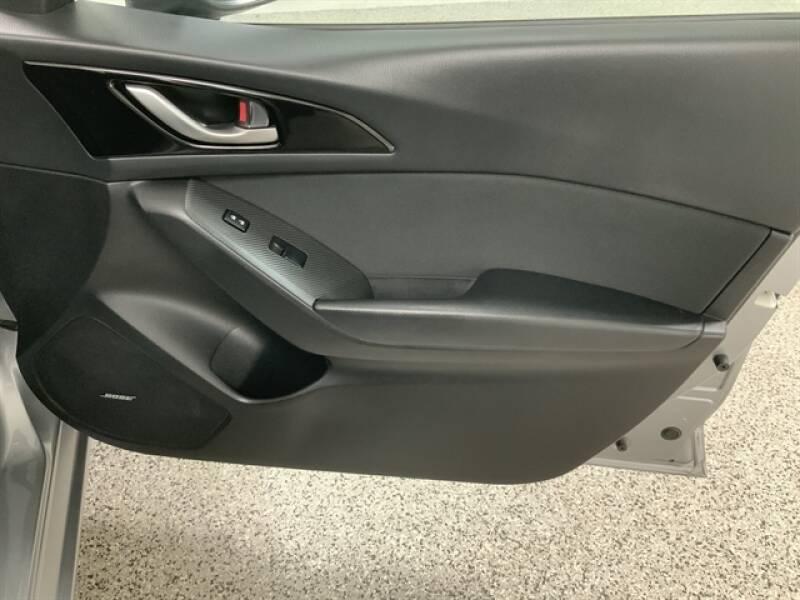 2016 Mazda MAZDA3 (image 24)