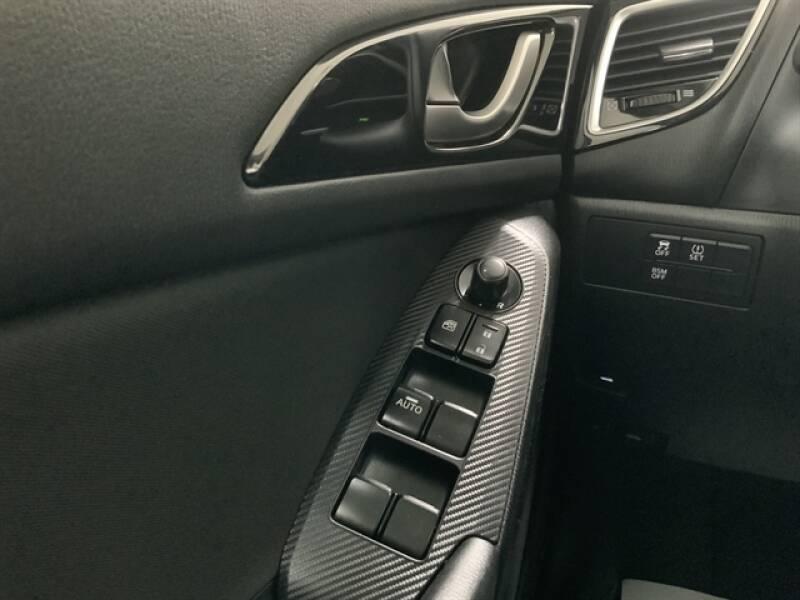 2016 Mazda MAZDA3 (image 19)