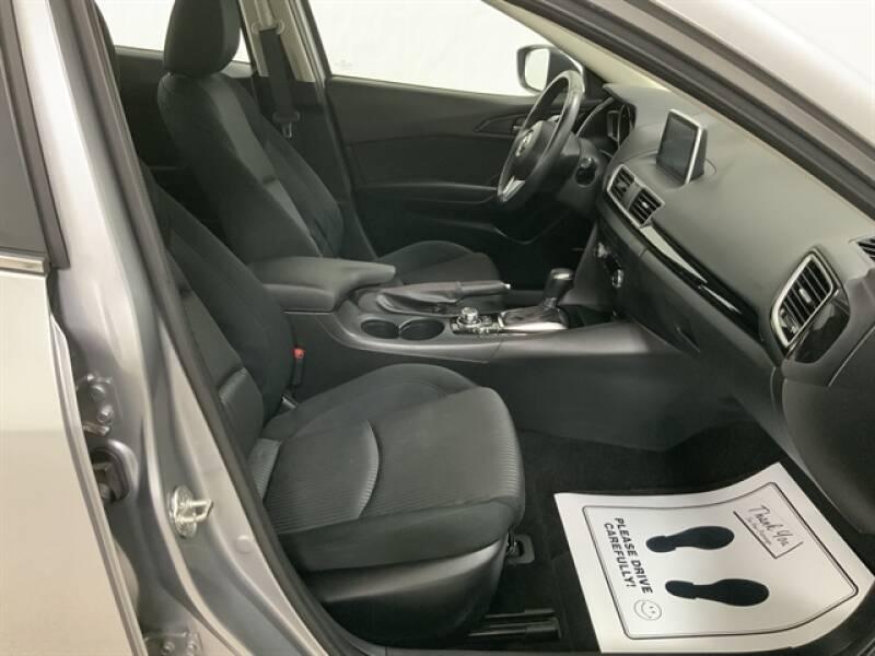 2016 Mazda MAZDA3 (image 23)