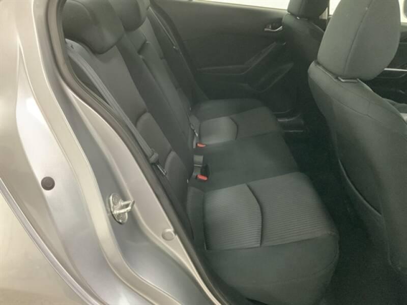 2016 Mazda MAZDA3 (image 22)