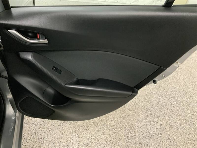 2016 Mazda MAZDA3 (image 26)