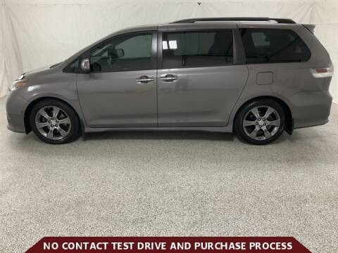 2015 Toyota Sienna for sale at Brothers Auto Sales in Sioux Falls SD