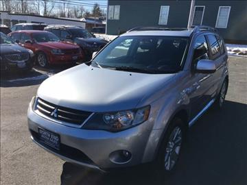 2009 Mitsubishi Outlander for sale at North End Motors Sales in Worcester MA