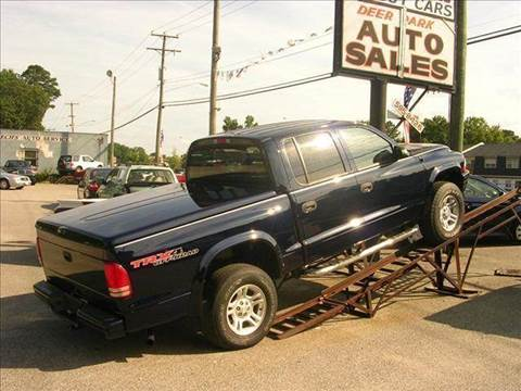 2004 Dodge Dakota for sale at Deer Park Auto Sales Corp in Newport News VA