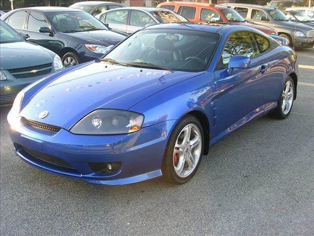 2005 Hyundai Tiburon for sale at Deer Park Auto Sales Corp in Newport News VA