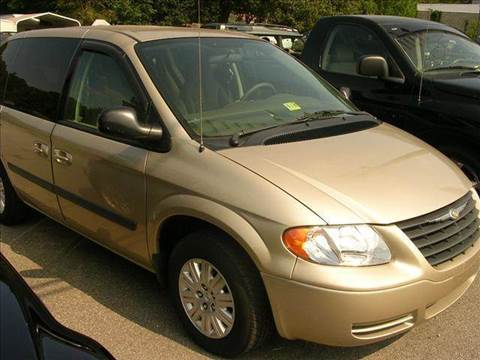 2005 Chrysler Town and Country for sale at Deer Park Auto Sales Corp in Newport News VA