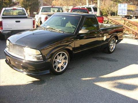 2000 Chevrolet S-10 for sale at Deer Park Auto Sales Corp in Newport News VA