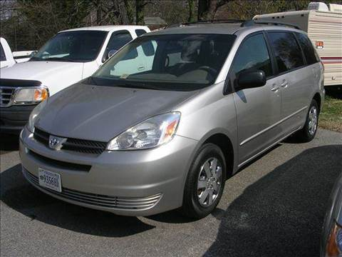 2004 Toyota Sienna for sale at Deer Park Auto Sales Corp in Newport News VA
