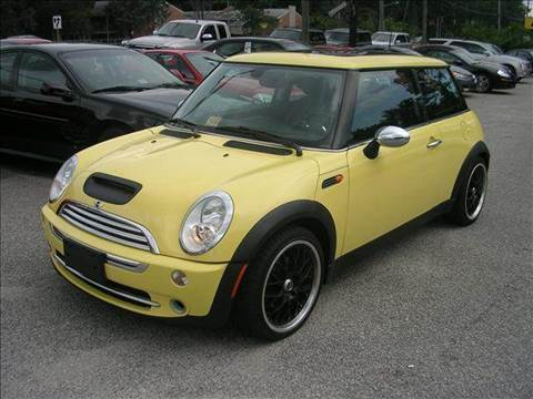 2005 MINI Cooper for sale at Deer Park Auto Sales Corp in Newport News VA