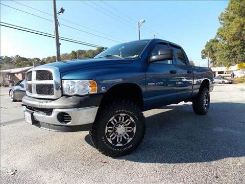 2004 Dodge Ram Pickup 2500 for sale at Deer Park Auto Sales Corp in Newport News VA