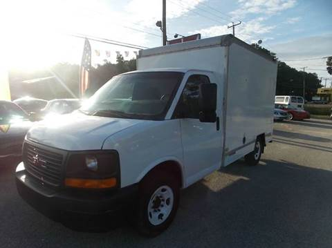 2004 GMC Savana Cutaway G3500 for sale at Deer Park Auto Sales Corp in Newport News VA