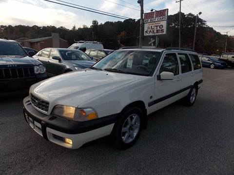 1999 Volvo V70 for sale at Deer Park Auto Sales Corp in Newport News VA