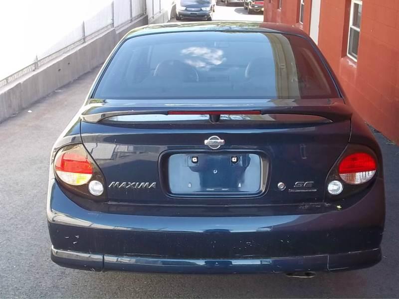 2001 Nissan Maxima for sale at J & T Auto Sales in Warwick RI