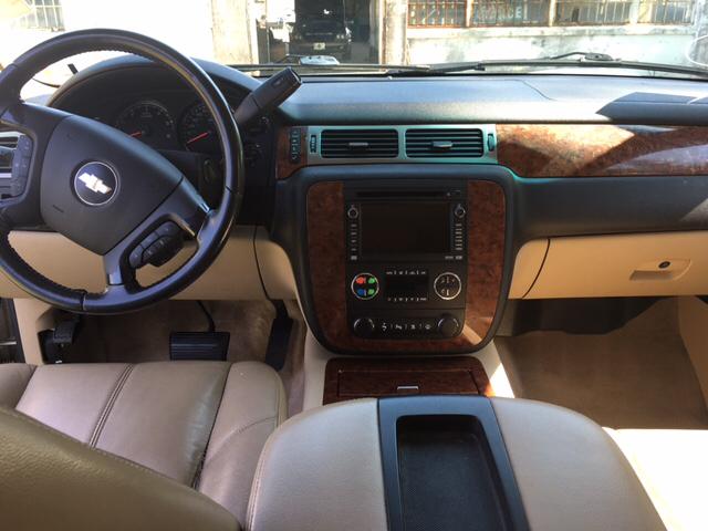 2008 Chevrolet Suburban 4x2 LTZ 1500 4dr SUV - Slidell LA