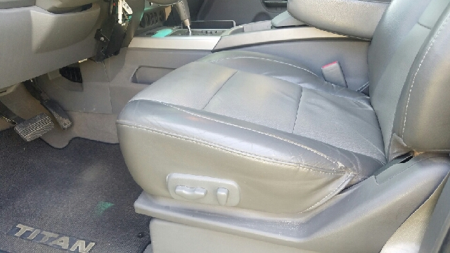 2006 Nissan Titan LE FFV 4dr Crew Cab 4WD SB - Slidell LA