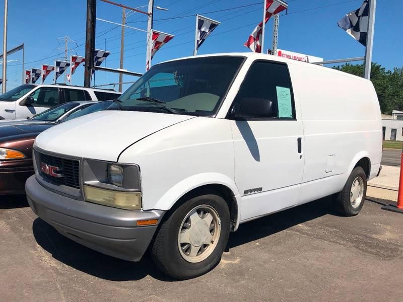 2001 Gmc Safari Cargo Sl In Detroit Mi Champs Auto Sales