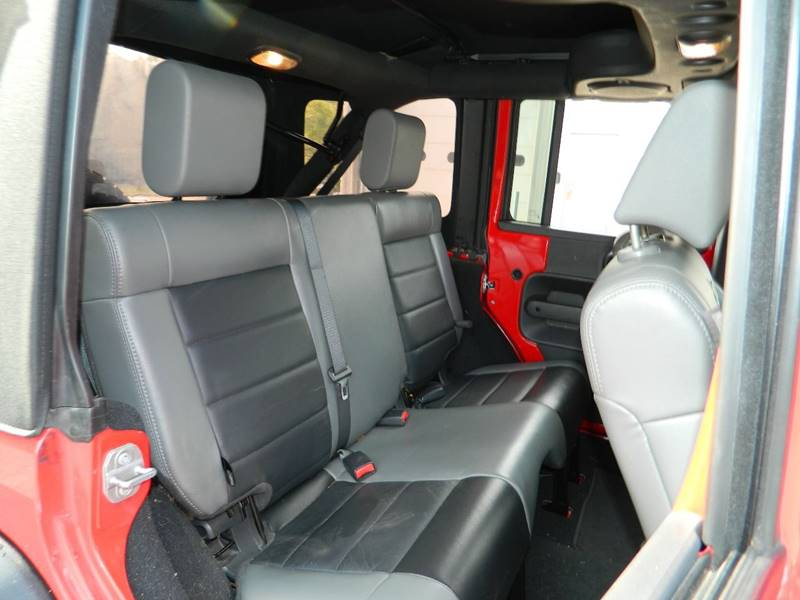 2010 Jeep Wrangler Unlimited 4x4 Rubicon 4dr SUV - Exeter RI