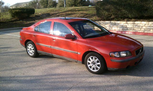 2001 Volvo S60 2.4 4dr Sedan - Austin TX
