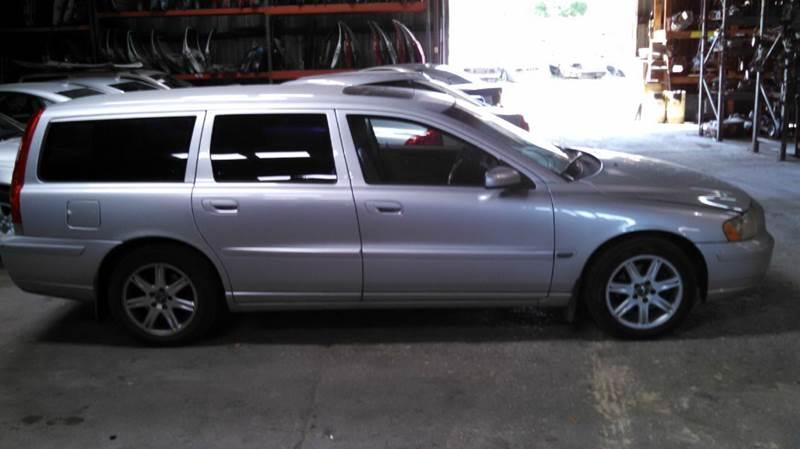 2005 Volvo V70 2.4 4dr Wagon - Austin TX