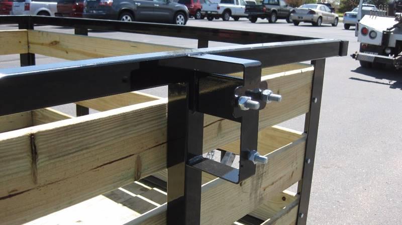 2017 Quality Steel 2990# 74x10 High Side Woody #484 - Loyal WI