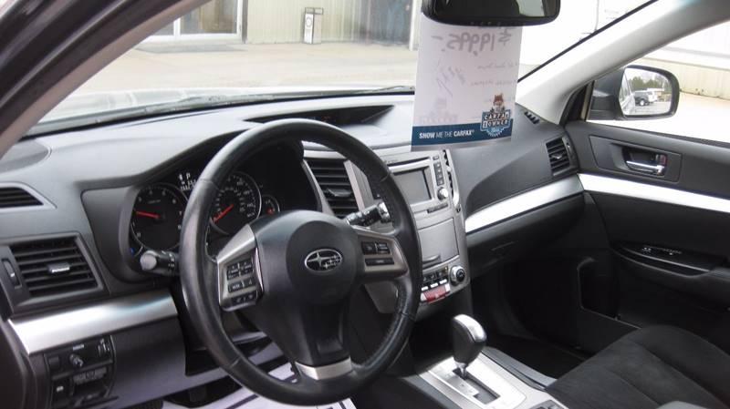 2014 Subaru Outback AWD 2.5i Premium 4dr Wagon CVT - Loyal WI