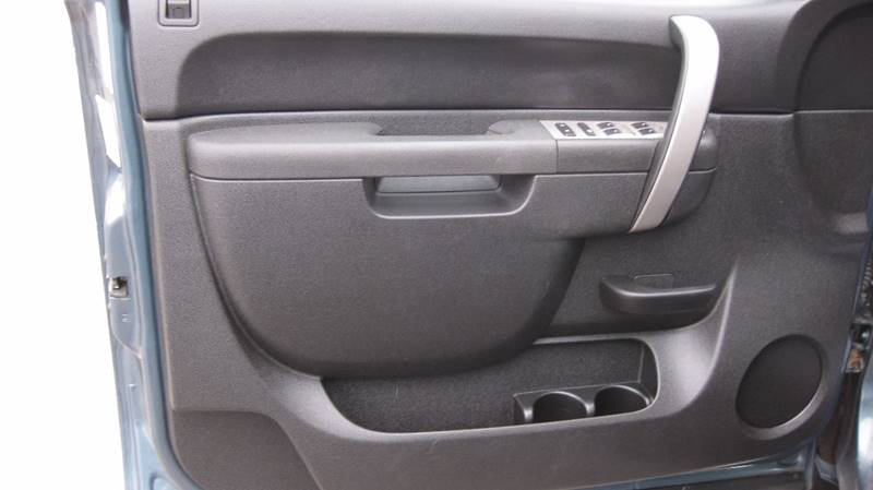 2010 Chevrolet Silverado 2500HD 4x4 LT 4dr Crew Cab SB - Loyal WI