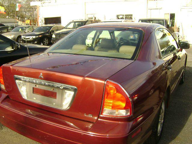 2003 Mitsubishi Diamante LS 4dr Sedan - Central Islip NY