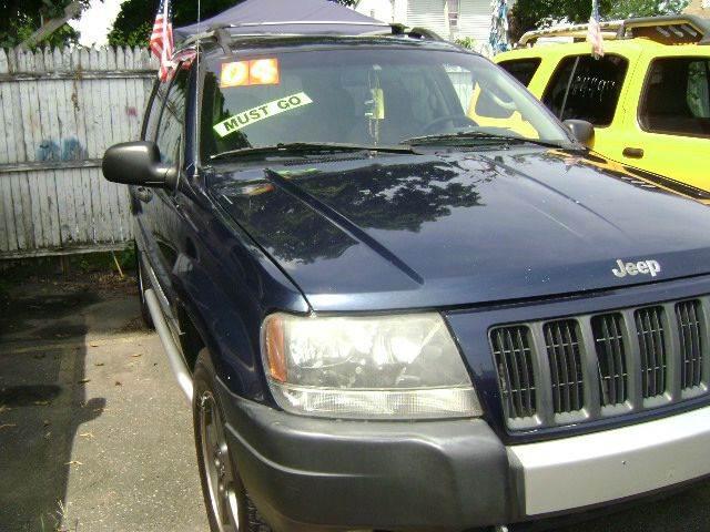 2004 Jeep Grand Cherokee 4dr Freedom Edition 4WD SUV - Central Islip NY