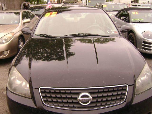 2005 Nissan Altima 2.5 SL 4dr Sedan - Central Islip NY